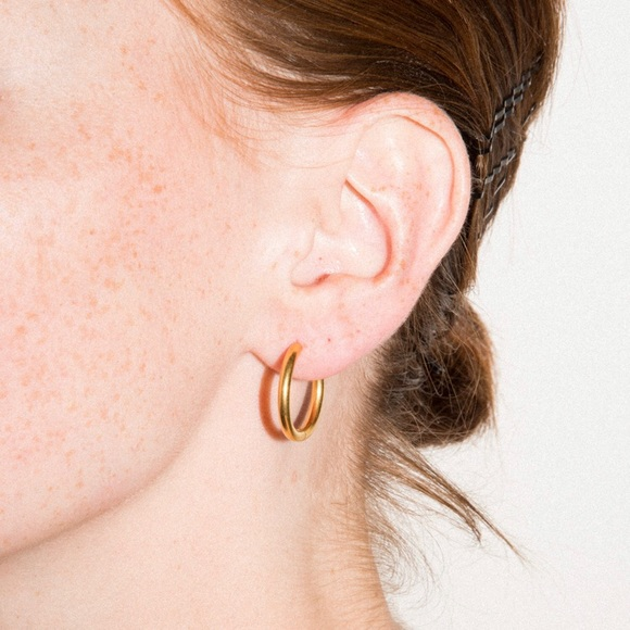 Brandy Melville Jewelry - BRANDY MELVILLE gold hoops